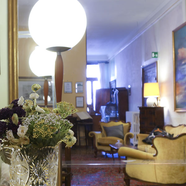 B&B Corte Campana breakfast area and living room, Venice Italy